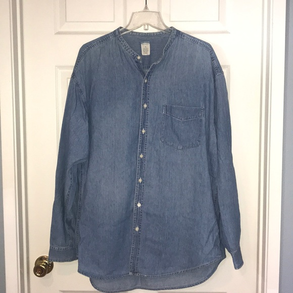 Old Navy Other - Old Navy chambray button down shirt